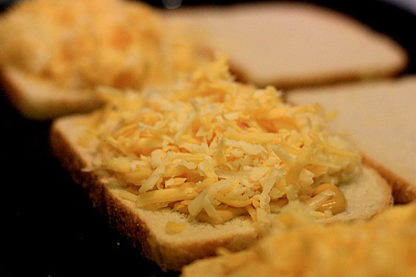 grilledcheese4_112608