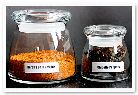 freshly ground chili powder
